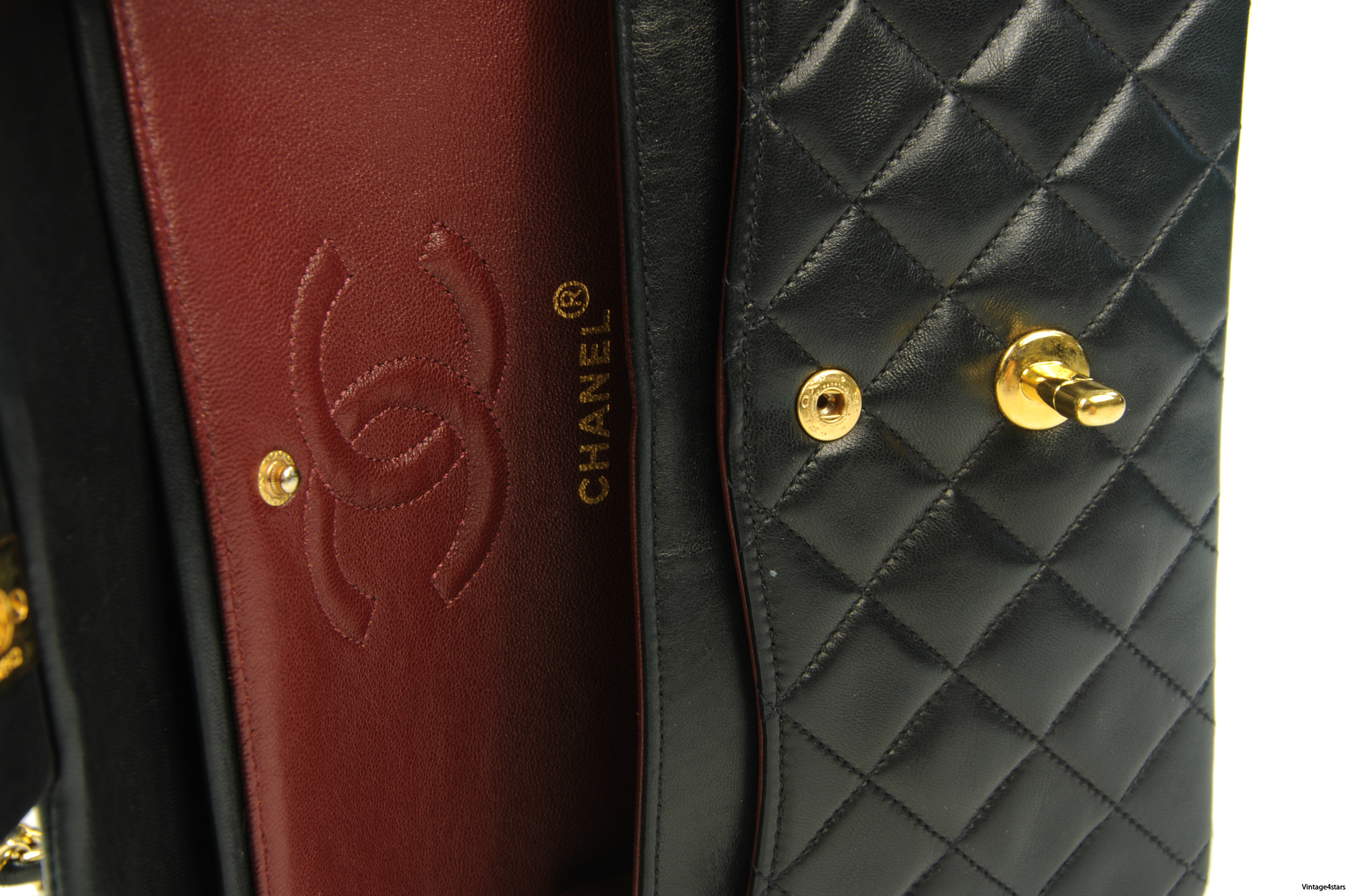 CHANEL Double Flap 221