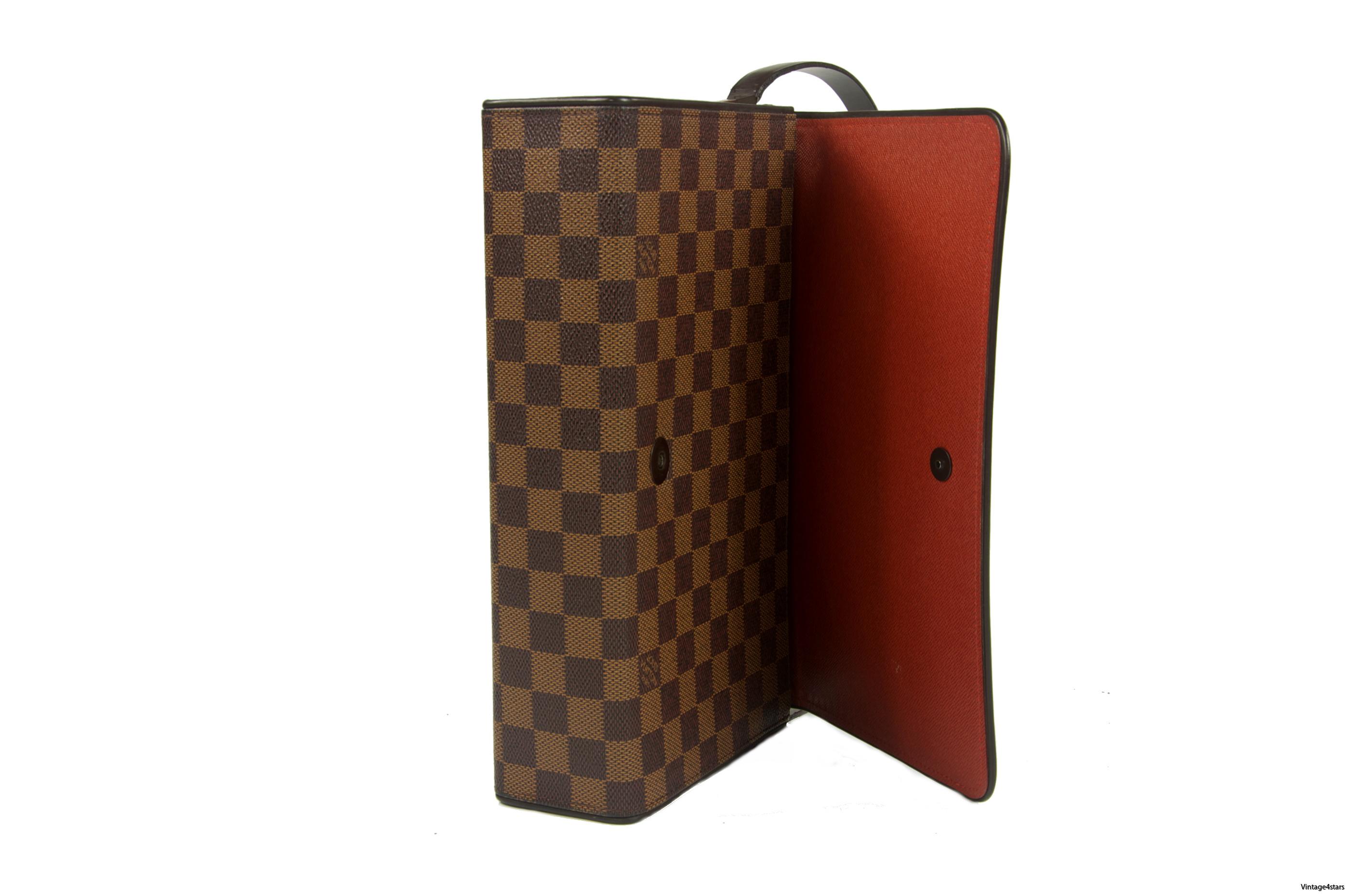Louis Vuitton Tribeca Long 7