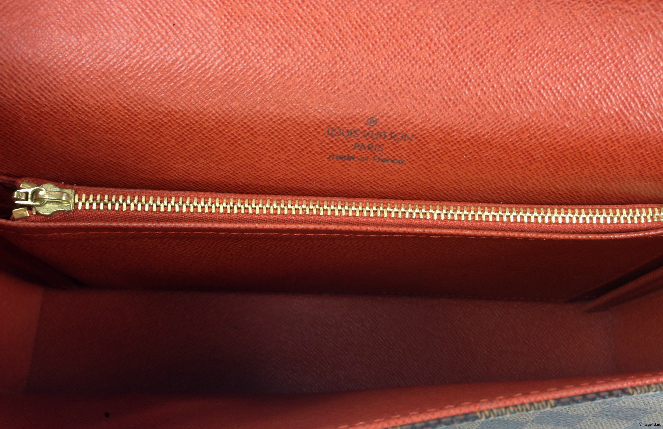 Louis Vuitton Tribeca Long 8