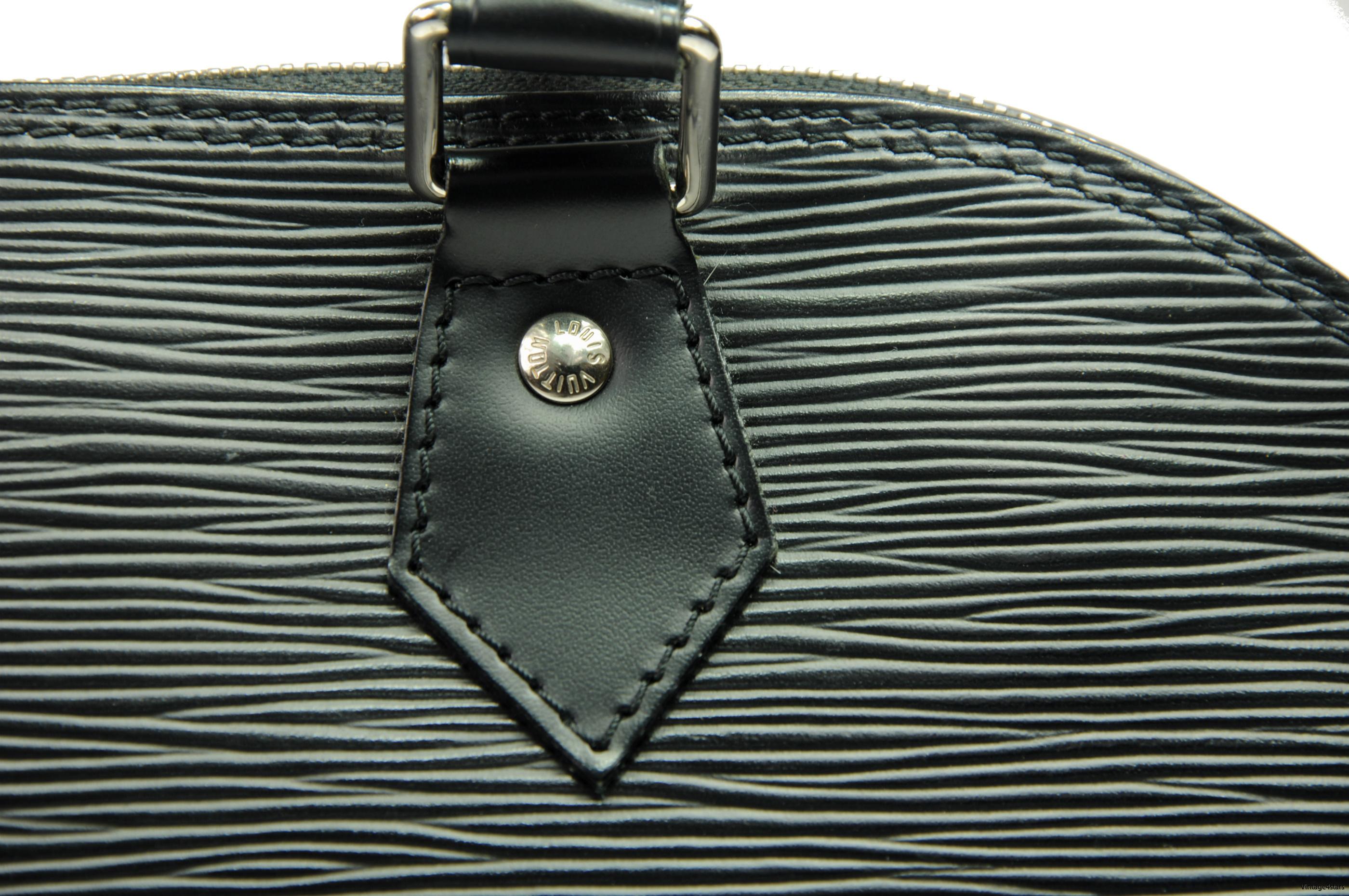 Louis Vuitton Alma Epi Neo 7