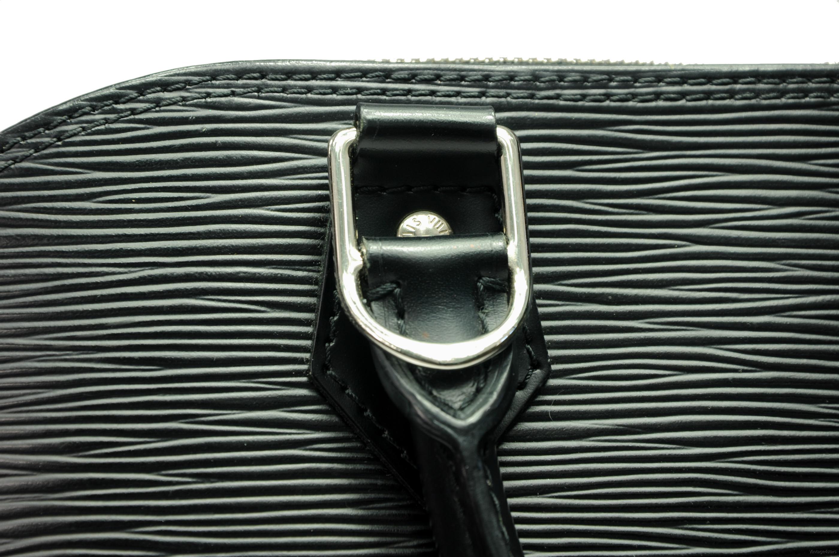 Louis Vuitton Alma Epi Neo 11