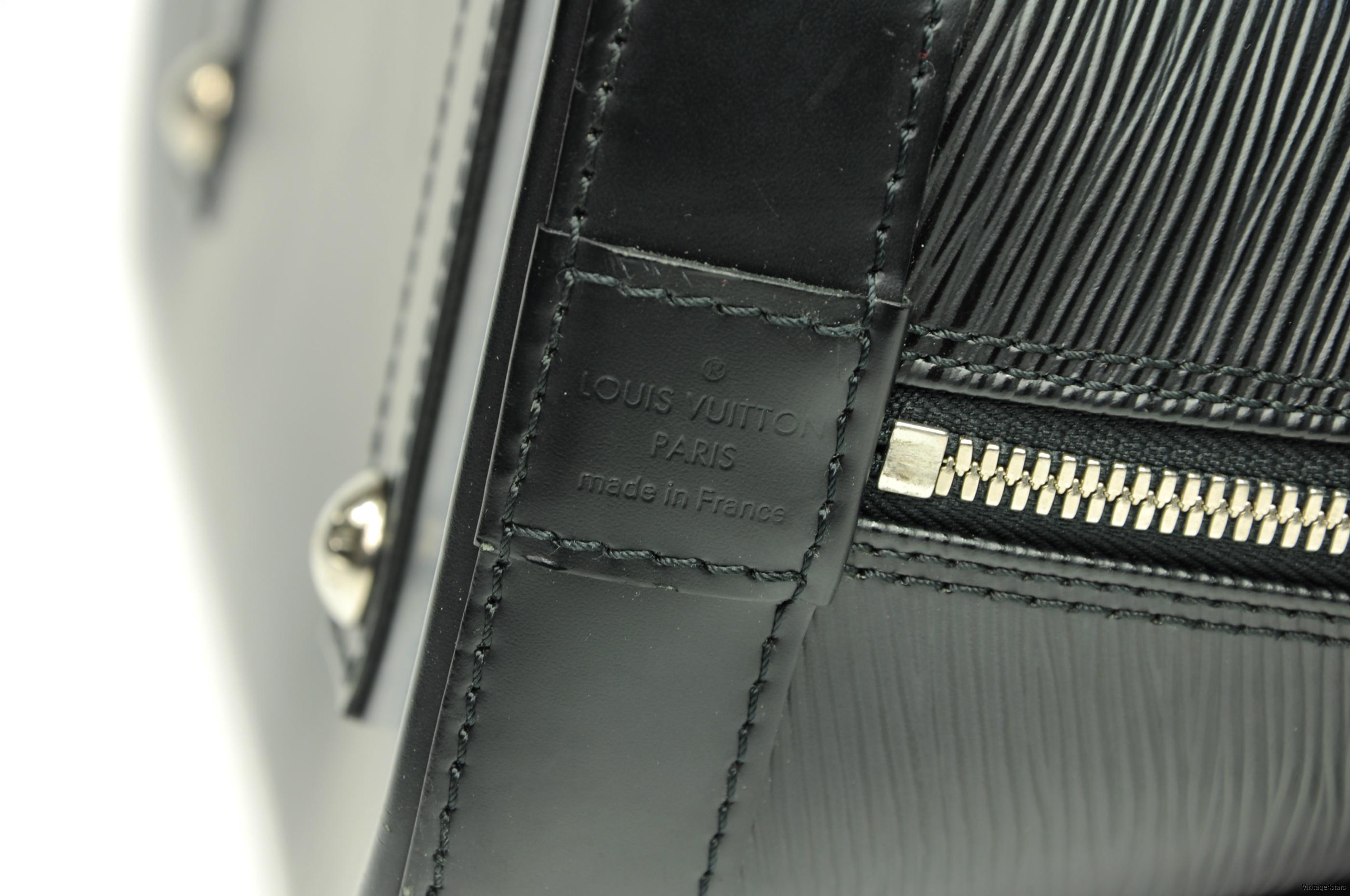 Louis Vuitton Alma Epi Neo 12
