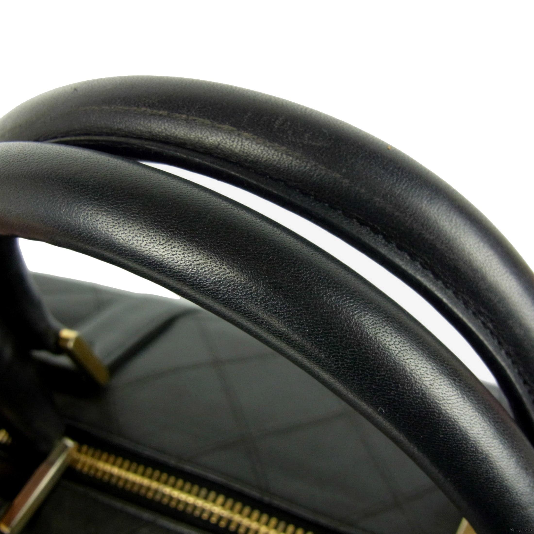 CHANEL Duffle Bag Qulited Calfskin 7