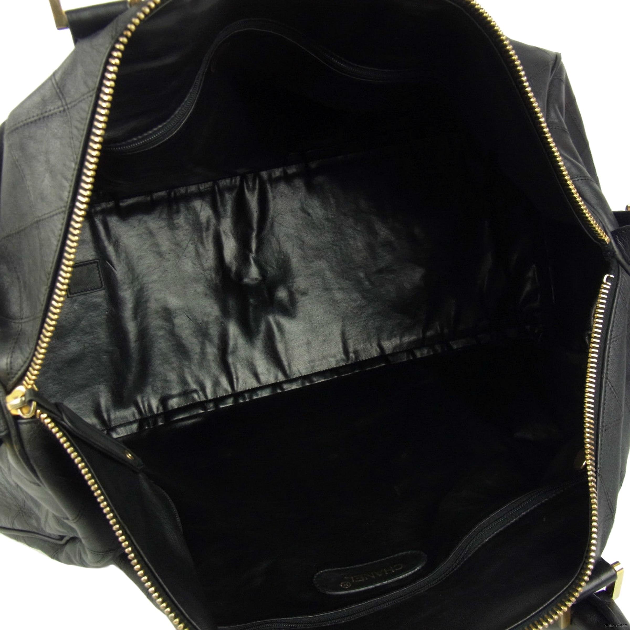 CHANEL Duffle Bag Qulited Calfskin 8