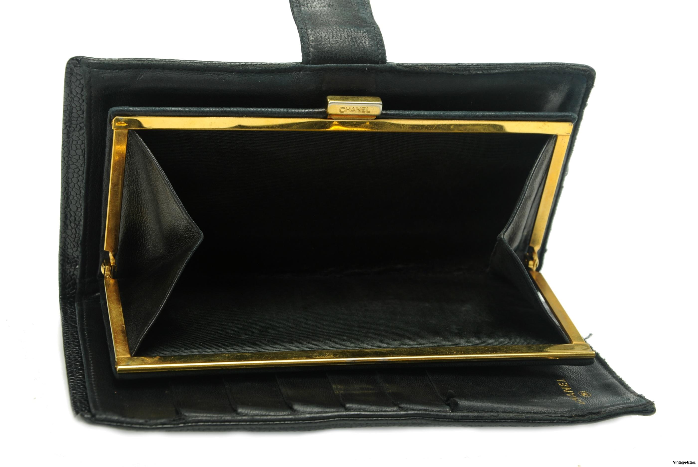 CHANEL Wallet Caviar 5