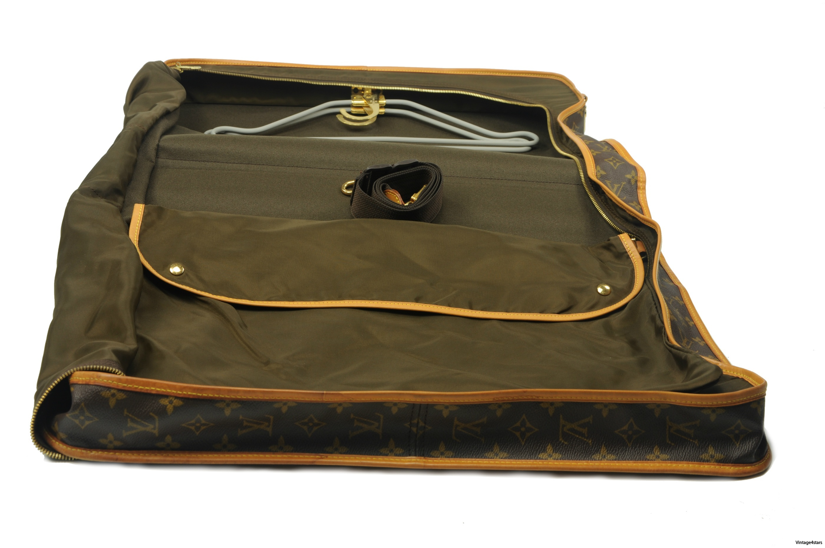 Louis Vuitton Garment Bag 111