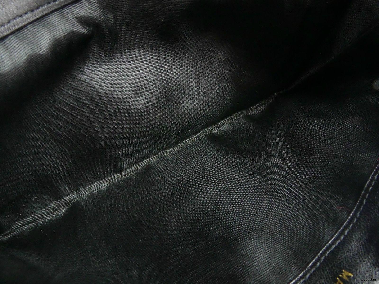 CHANEL Long wallet 31