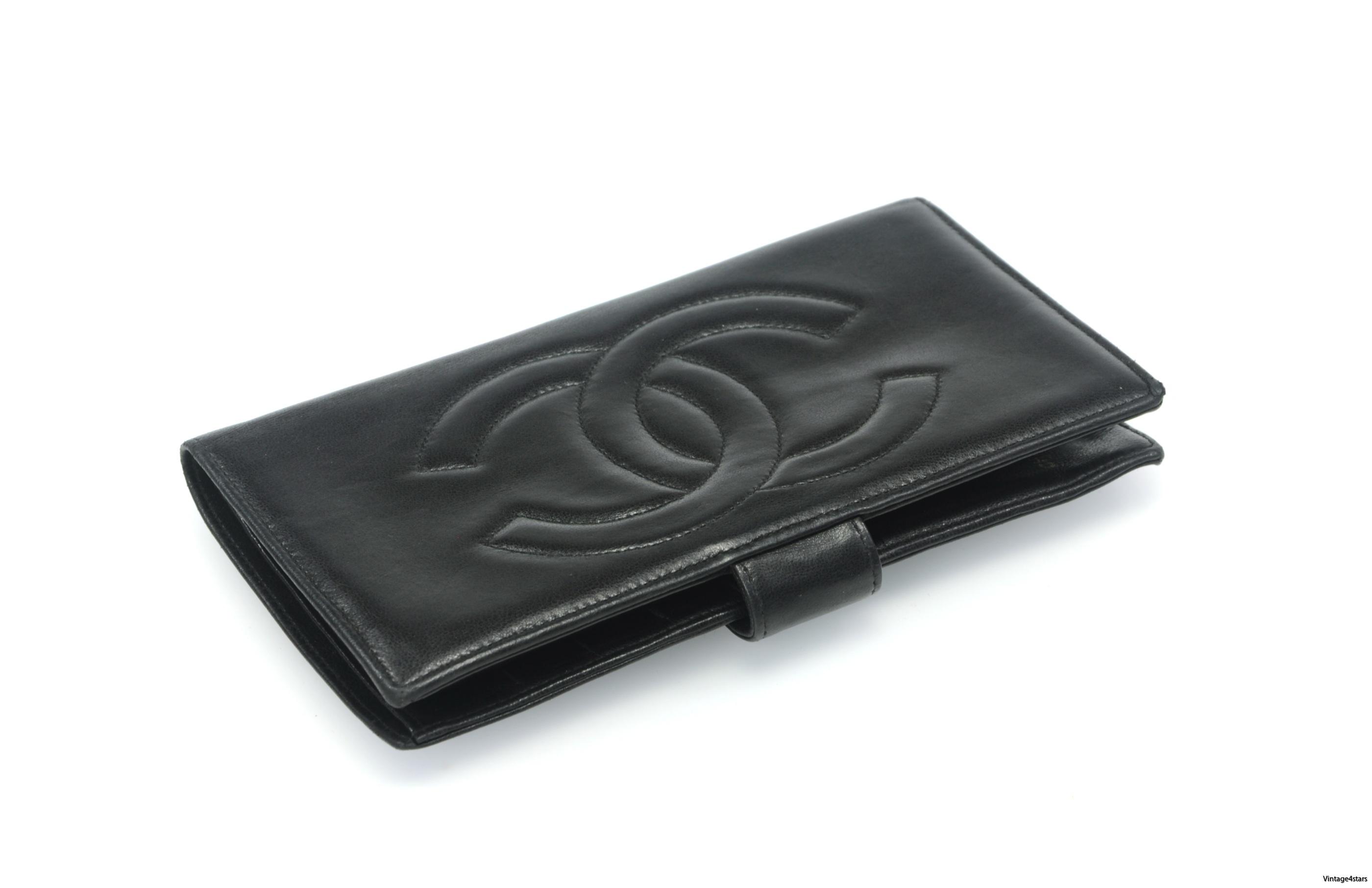 CHANEL Wallet Lambskin 23