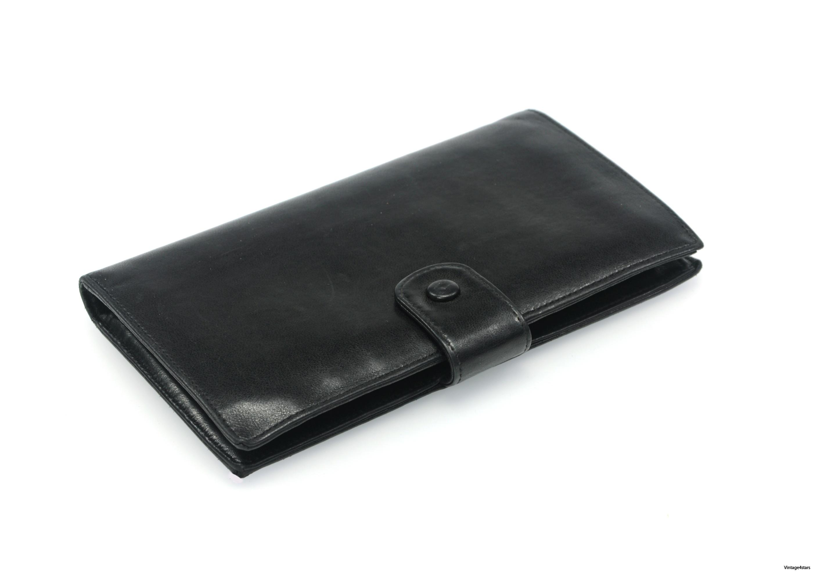 CHANEL Wallet Lambskin 24