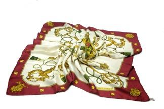 HERMÈS Carre Silk Scarf - HERMÈS Carre Scarf Silk
