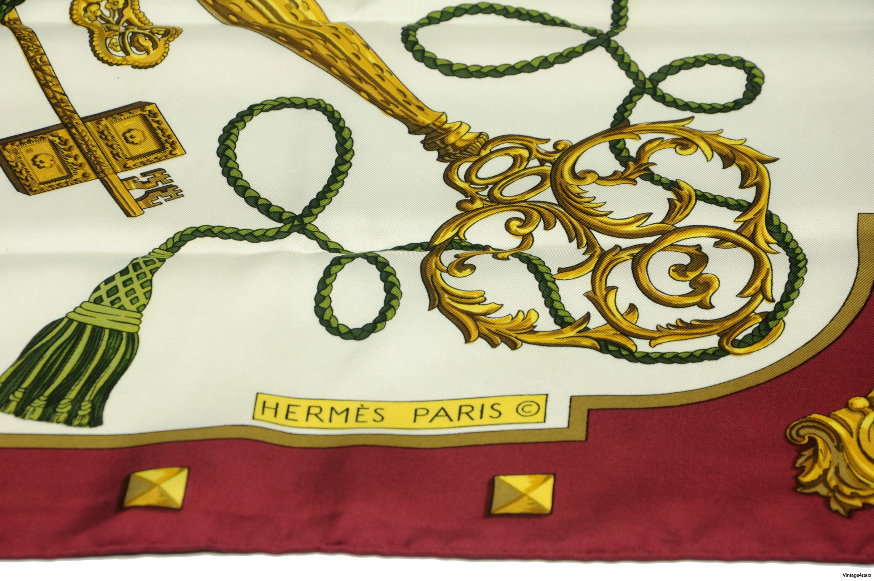 HERMES Scarf Silk 3