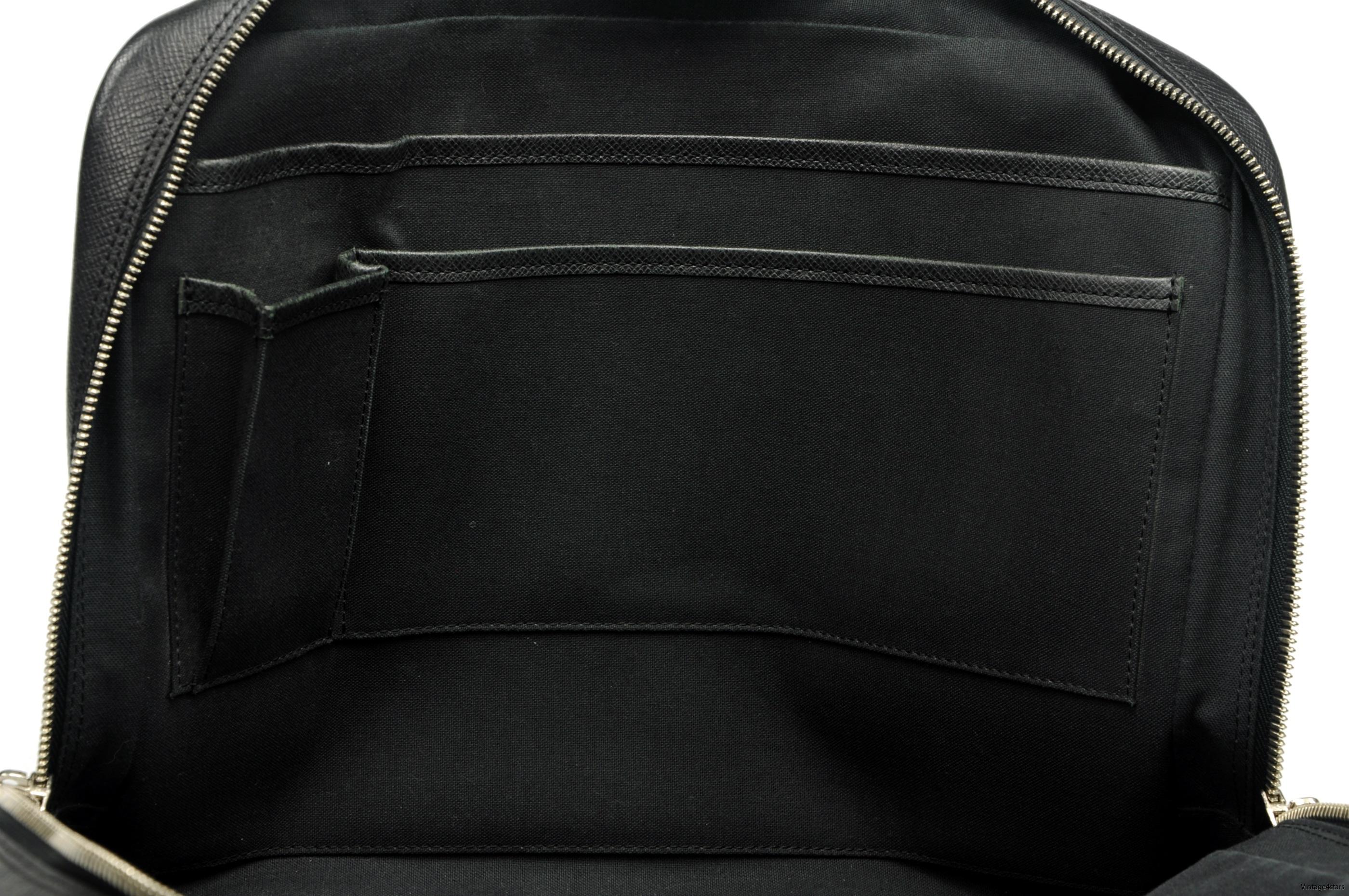 Louis Vuitton Igor Taiga 16