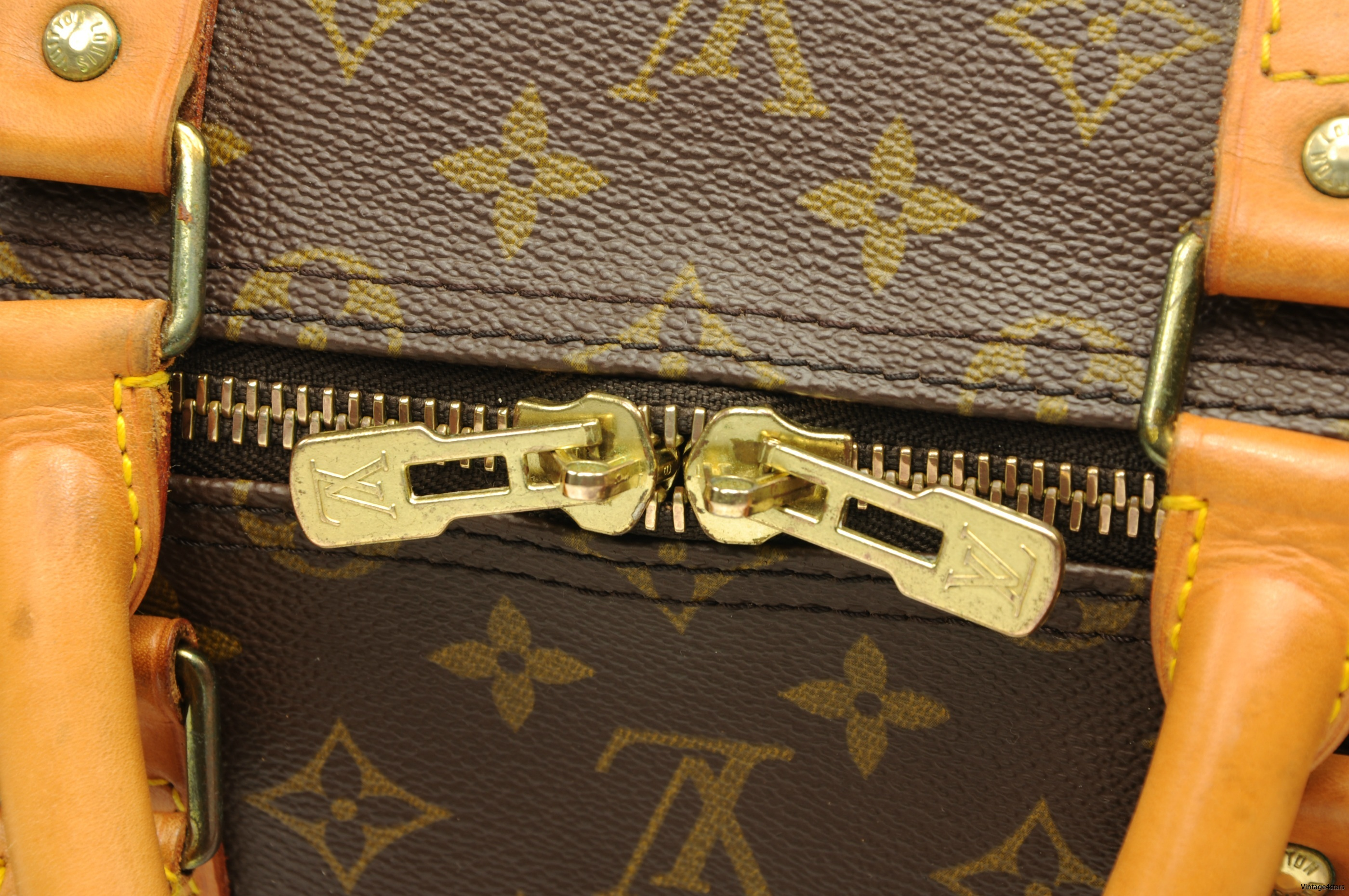 Louis Vuitton Keepall 55 Bandouliere 207