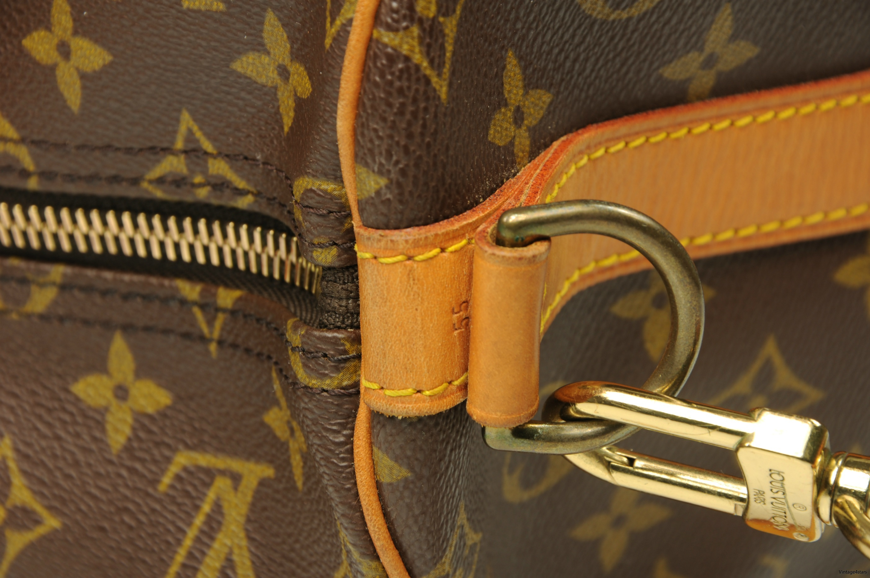 Louis Vuitton Keepall 55 Bandouliere 209