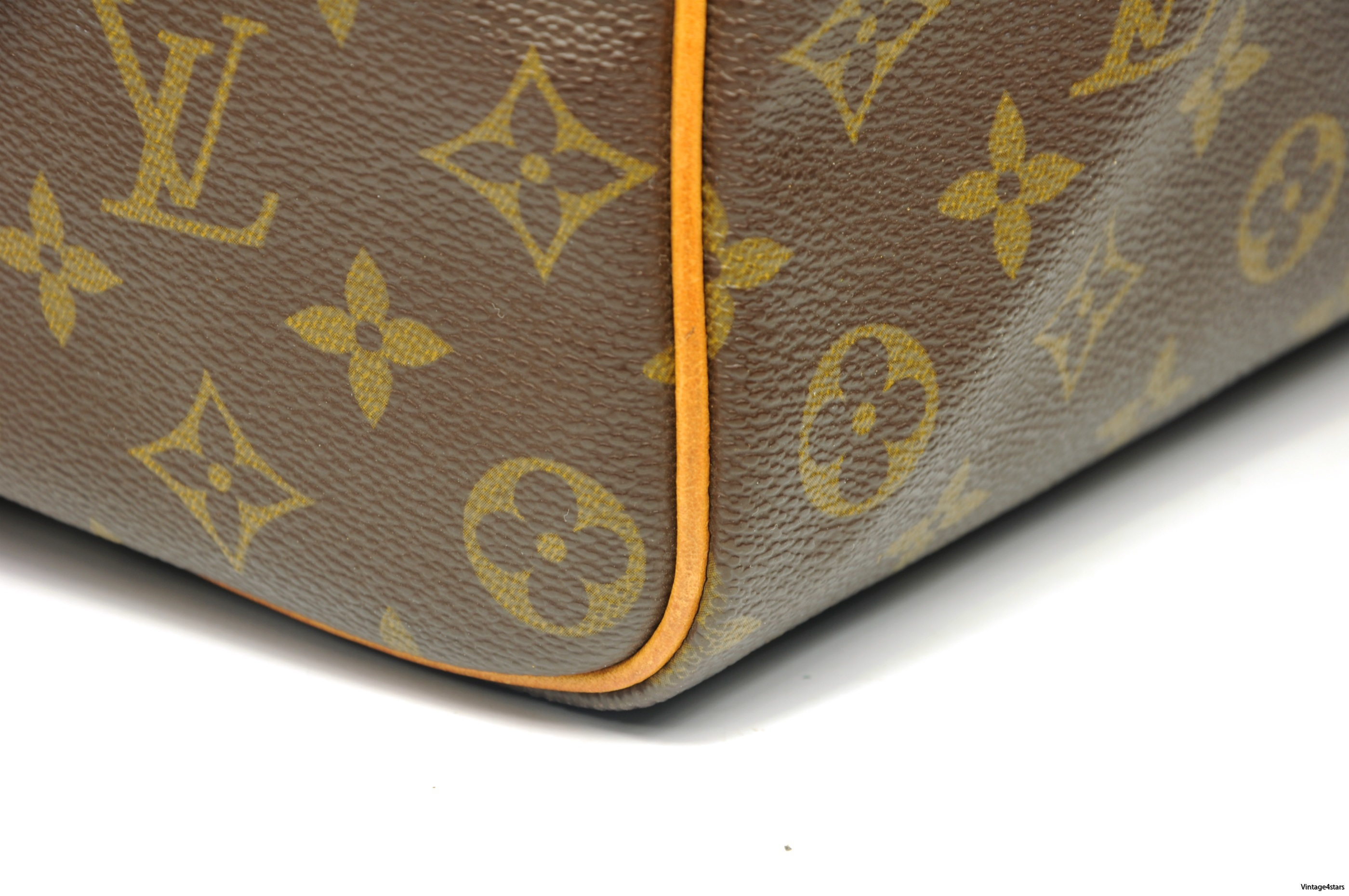 Louis Vuitton Speedy 35 Monogram 4