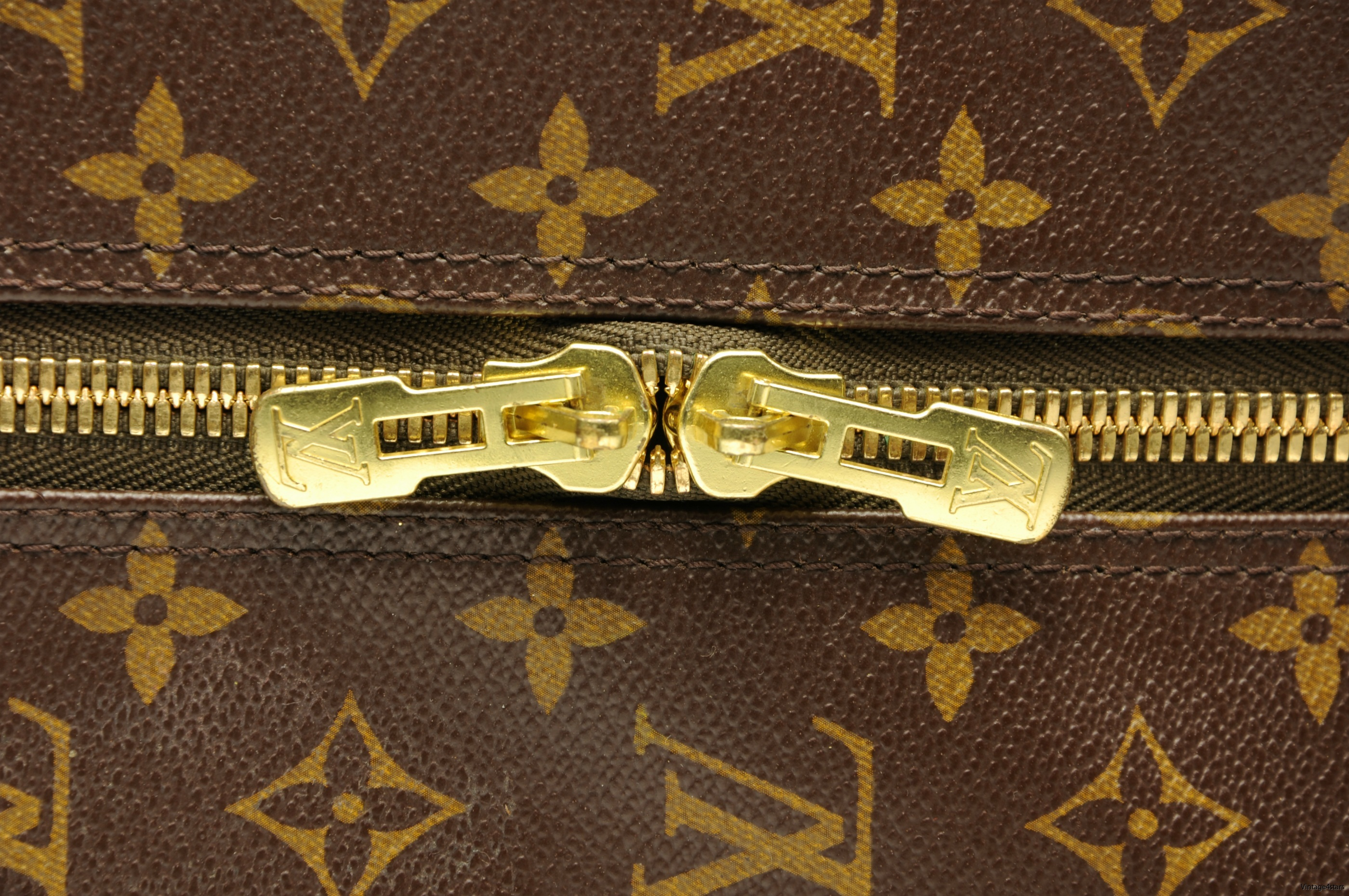 Louis Vuitton Eole 60 Monogram 9