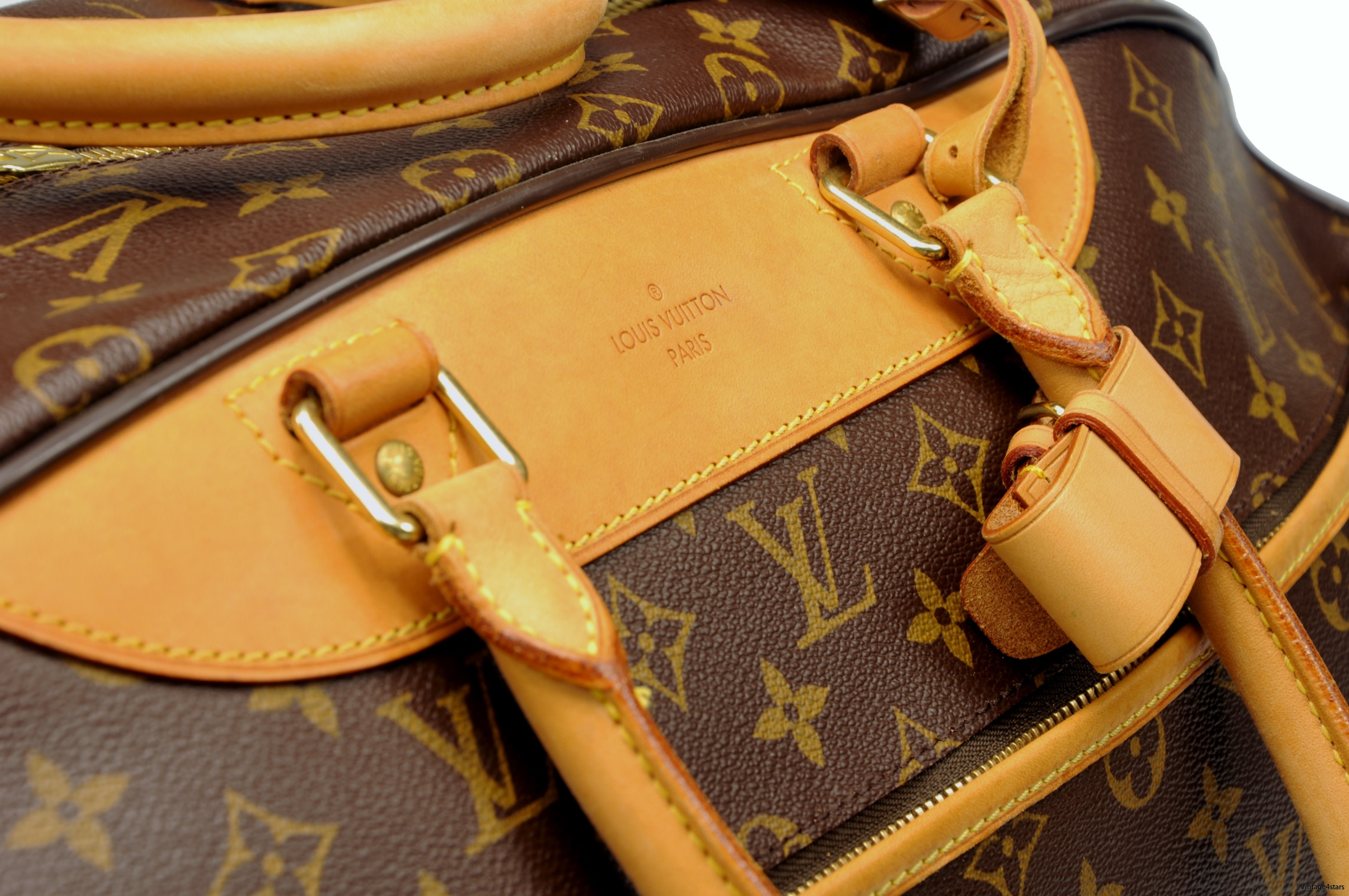Louis Vuitton Eole 60 Monogram 13