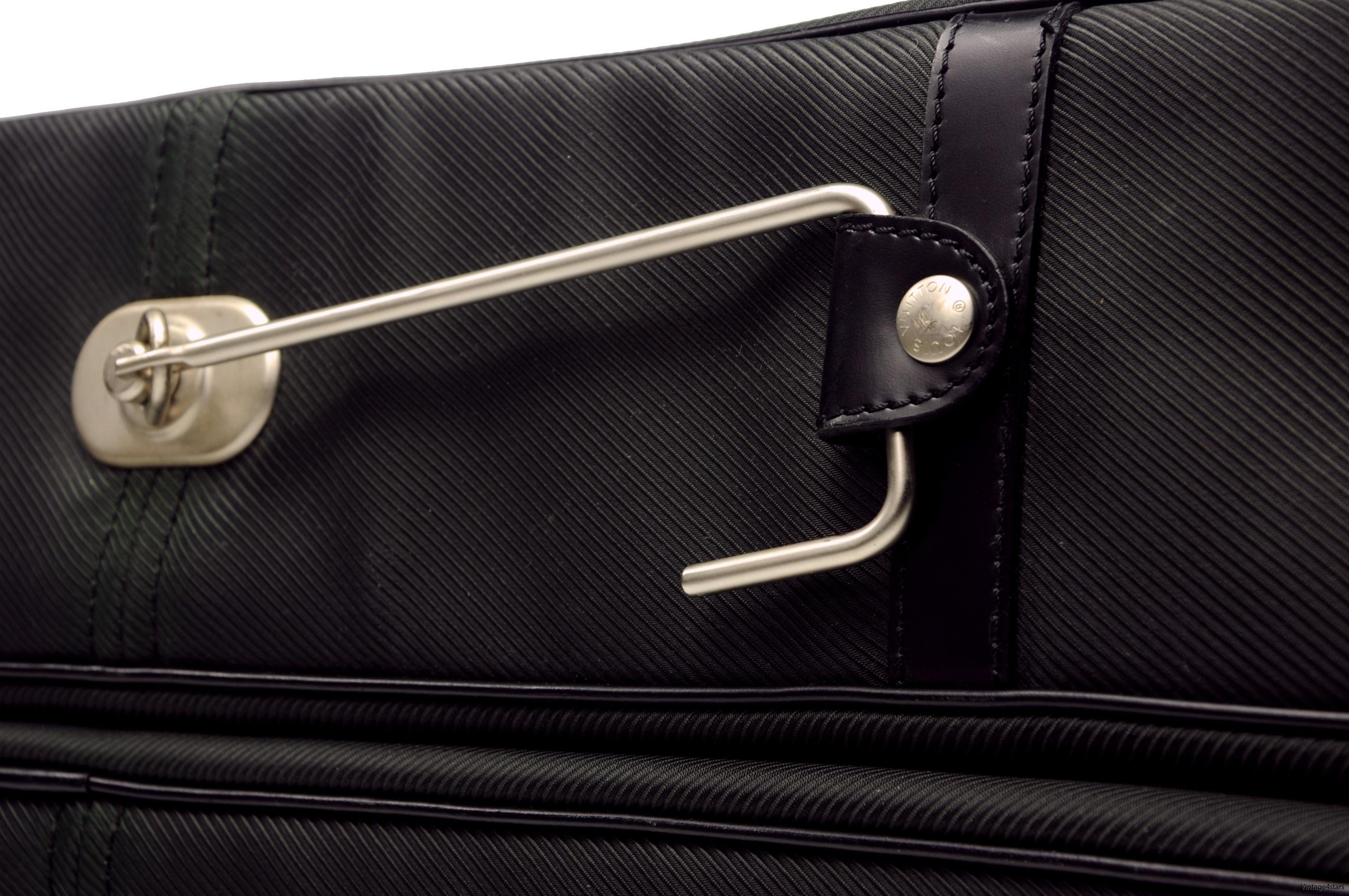 Louis Vuitton Garment 5 Hanger  Taiga Ardoise 4