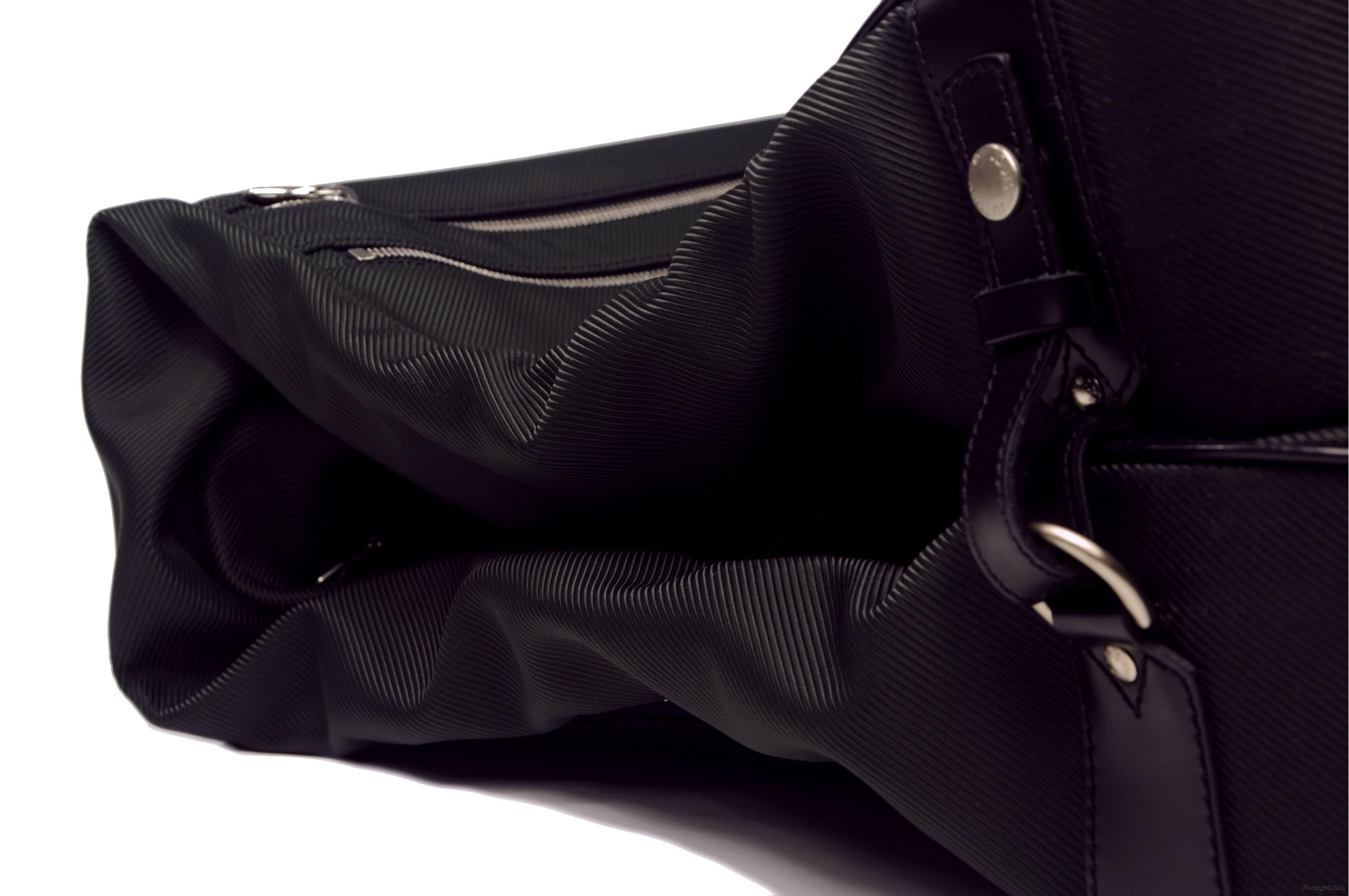 Louis Vuitton Garment 5 Hanger  Taiga Ardoise 5