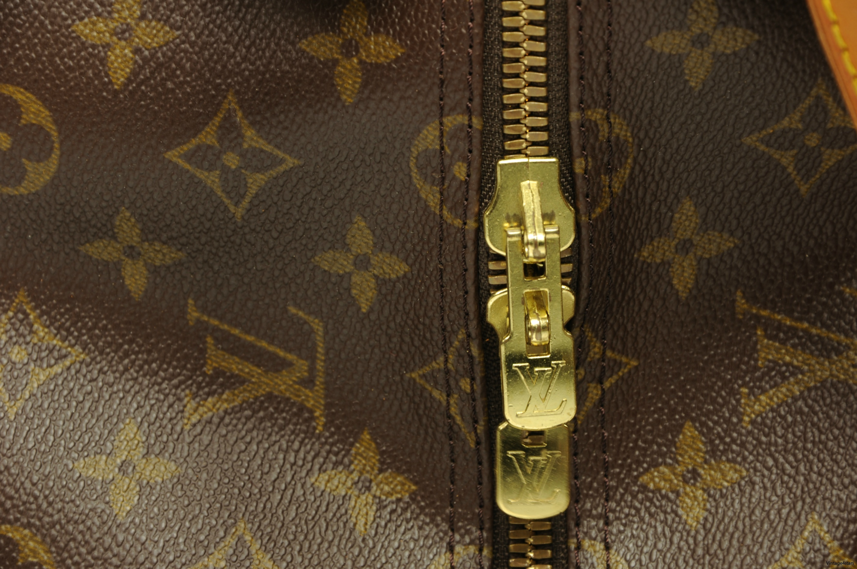 Louis Vuitton Keepall 55 Monogram 12