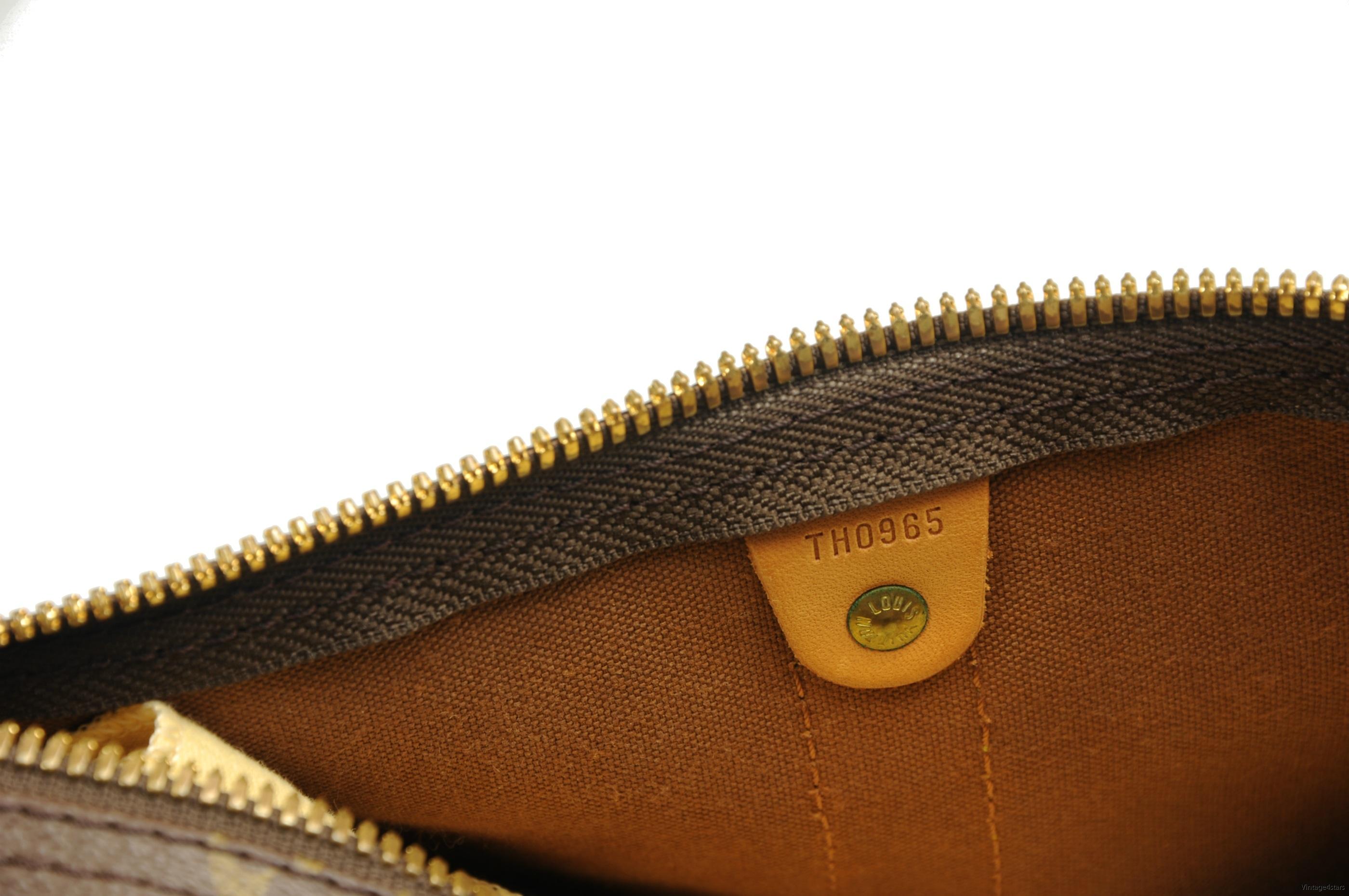 Louis Vuitton Keepall 55 Monogram 13