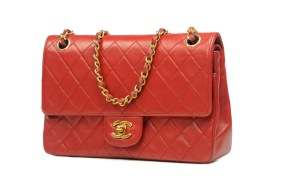 CHANEL Medium Double Flap Red