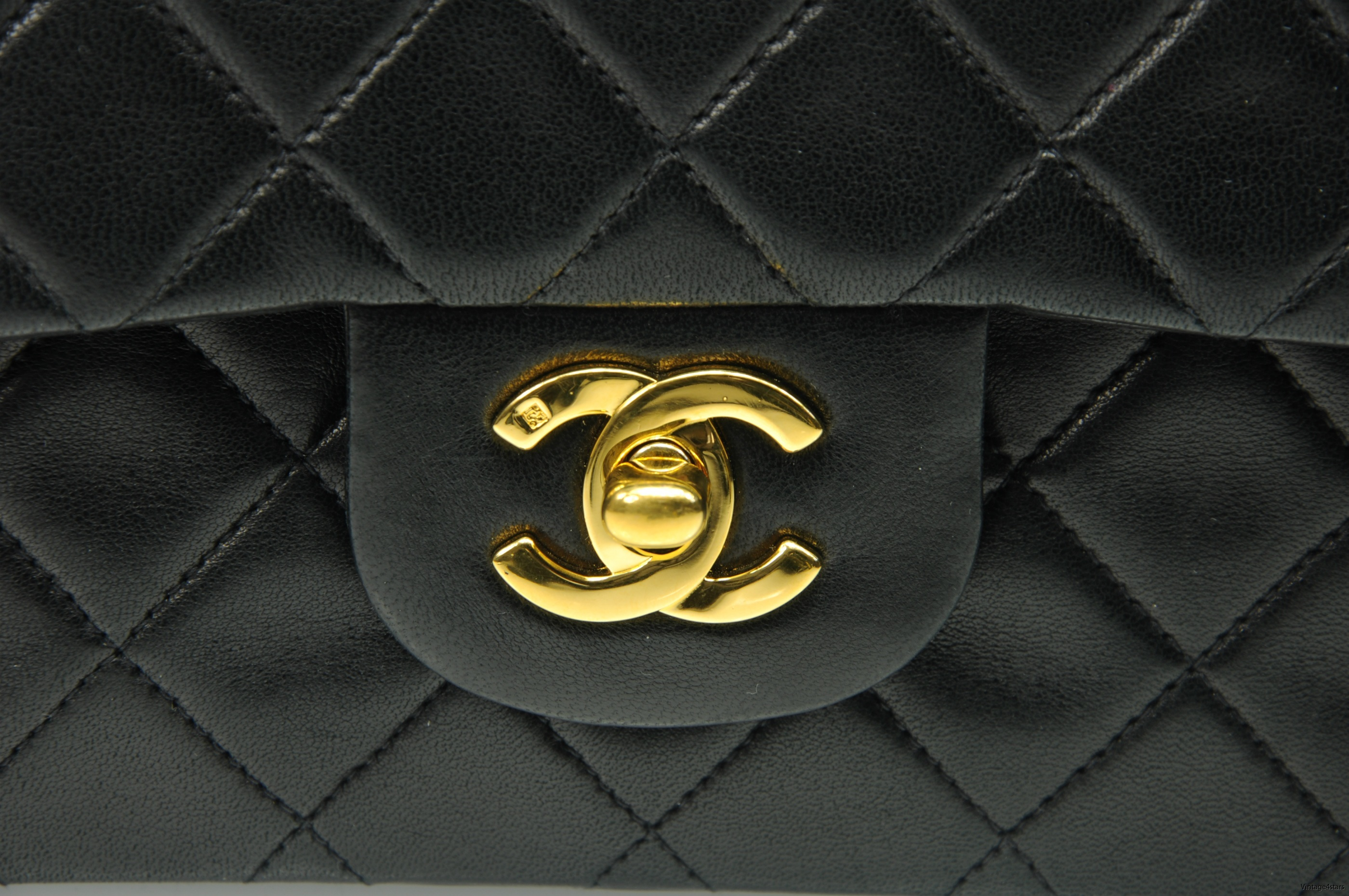 CHANEL Double Flap Small 21a