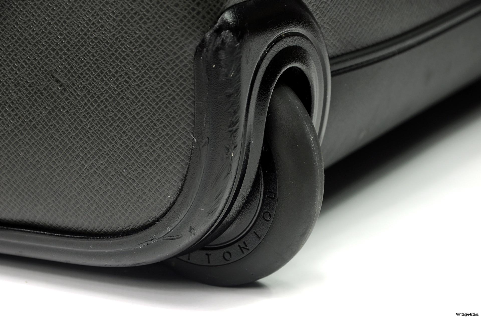 Louis Vuitton Pegase 55 Taiga Ardoise 11 1