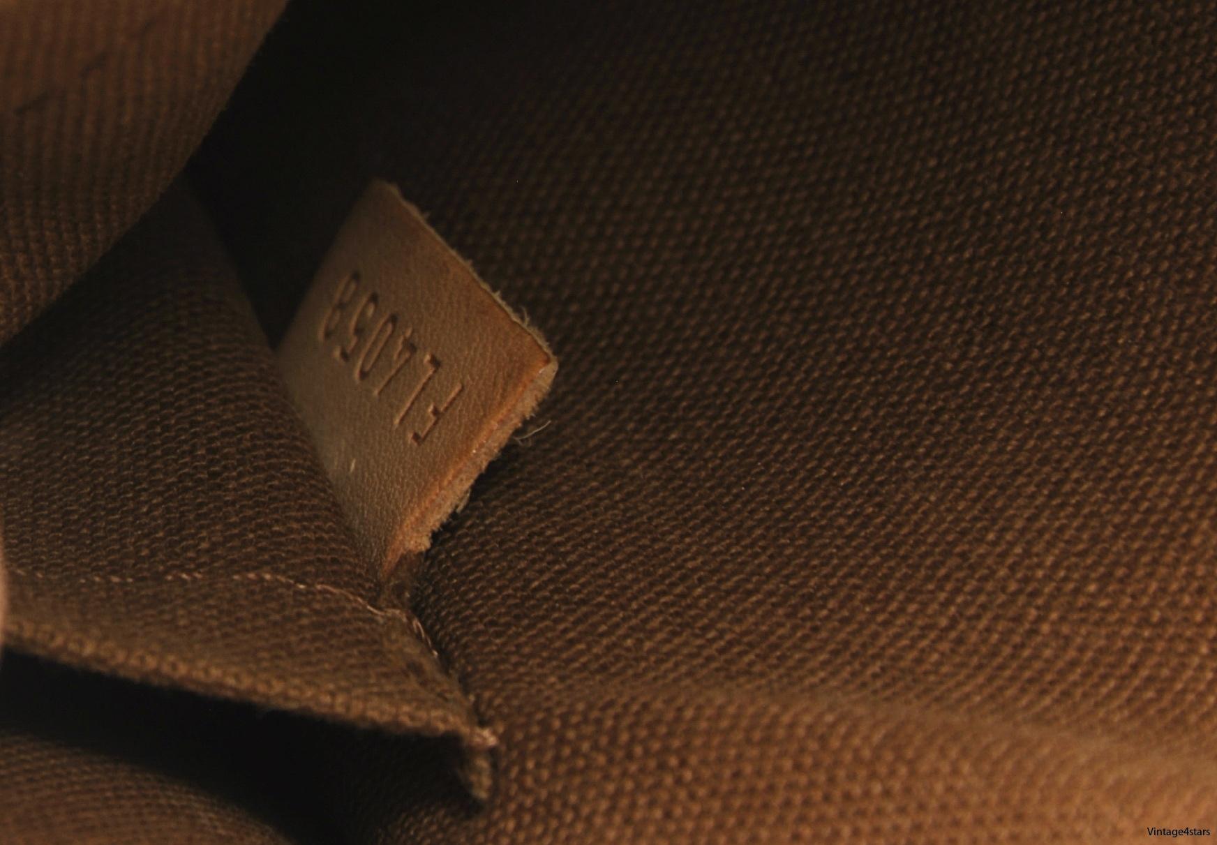 Louis Vuitton Popincourt 12