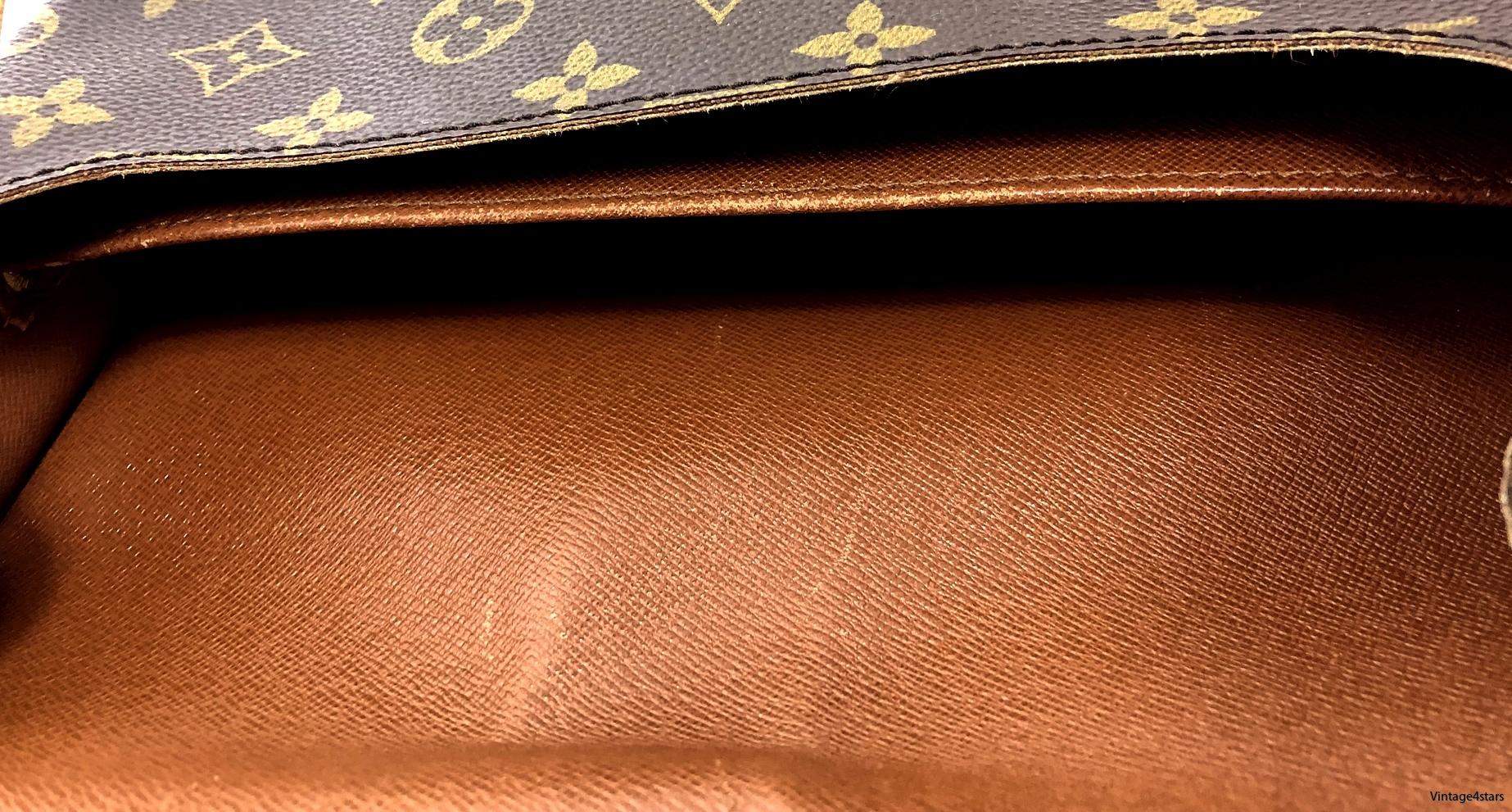 Louis Vuitton Cartouchiere GM 9