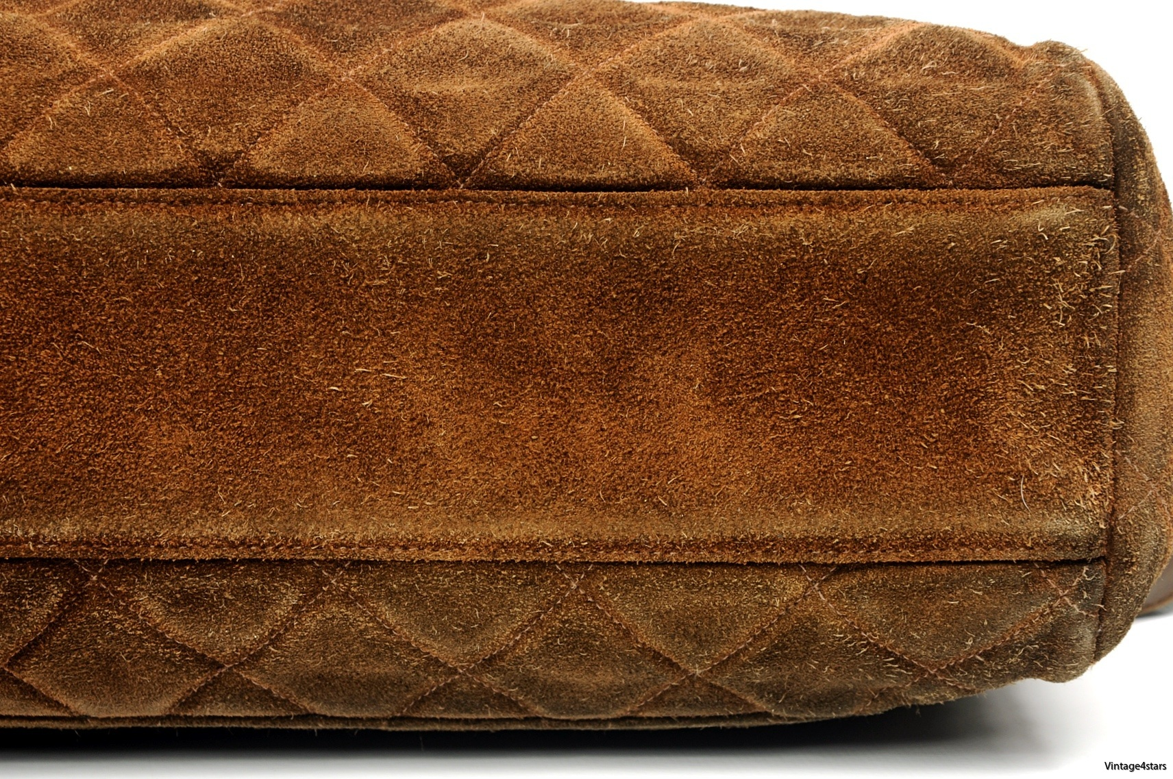 CHANEL Quilted 5