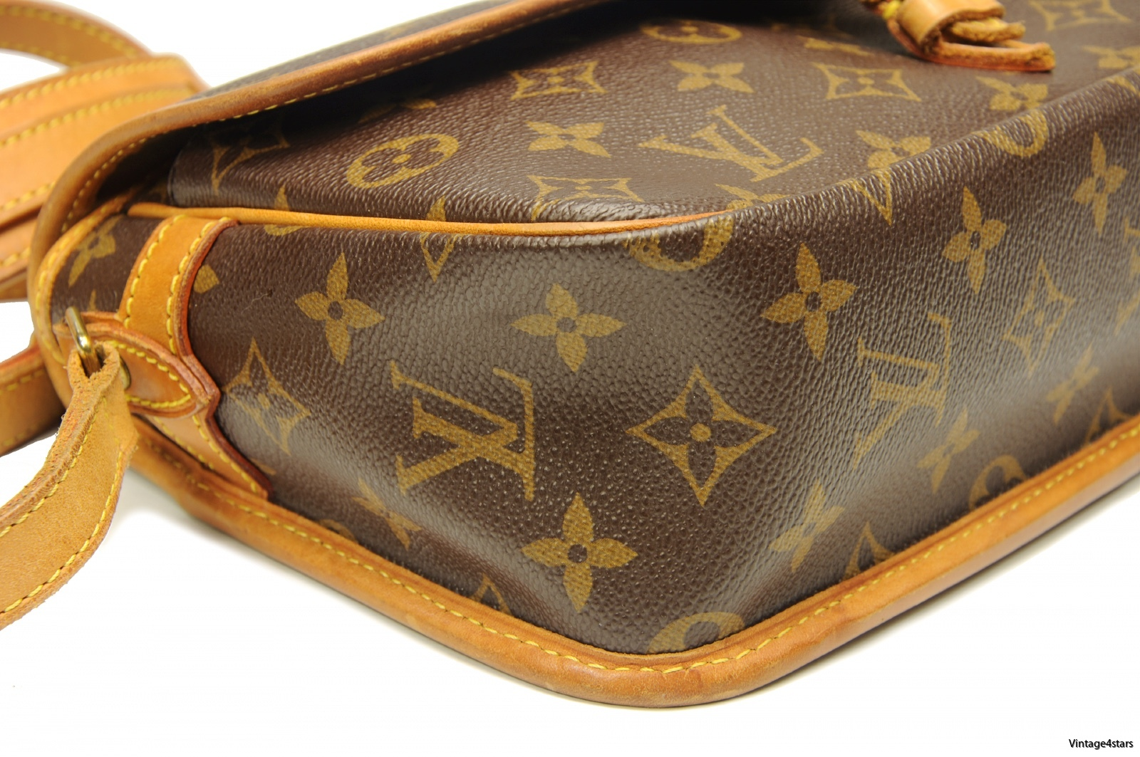 LOUIS VUITTON SOLOGNE 3