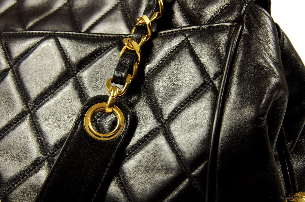 CHANEL QUILTED LARGE TOTE 4