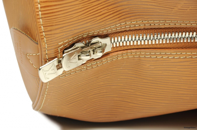 Louis Vuitton Keepall 45 Epi 3