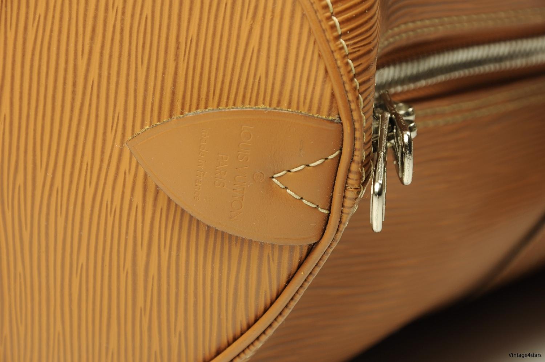 Louis Vuitton Keepall 45 Epi 8