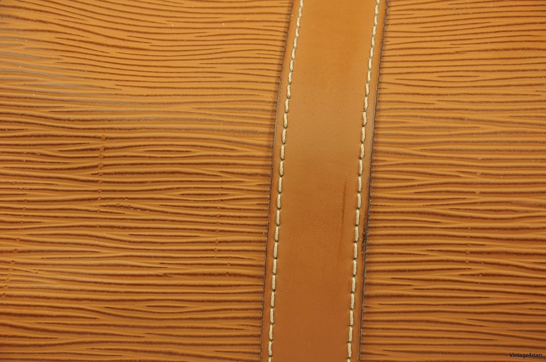 Louis Vuitton Keepall 45 Epi 2