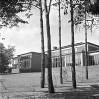 Bild på Kungl. Norska ambassaden på Skarpögatan 4 i slutskedet av färdigställandet av byggnaden 1952. Foto Riksarkivet