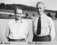 Överläkare Carl Semb och medarbetaren major Brynn. Bild från Anders Johanssons arkiv.