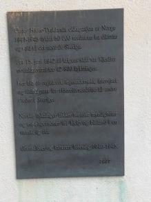 Minnesplatta vid Kjesäter.