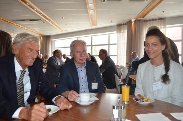 Yngve Björkman tillsammans med tf Generaldirektör HaV, Ingemar Berglund, och Chef MSC, Minna Epps