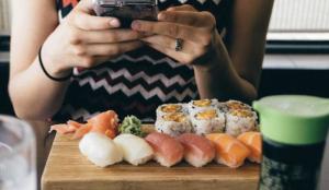Näthandel sjömat: Det är positivt att se att konsumenterna i högre grad är villiga att köpa sjömat online, skriver Sjömatrådet.
