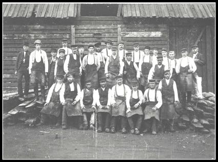 smeder strömbacka bruk vid nedre hammaren 1921