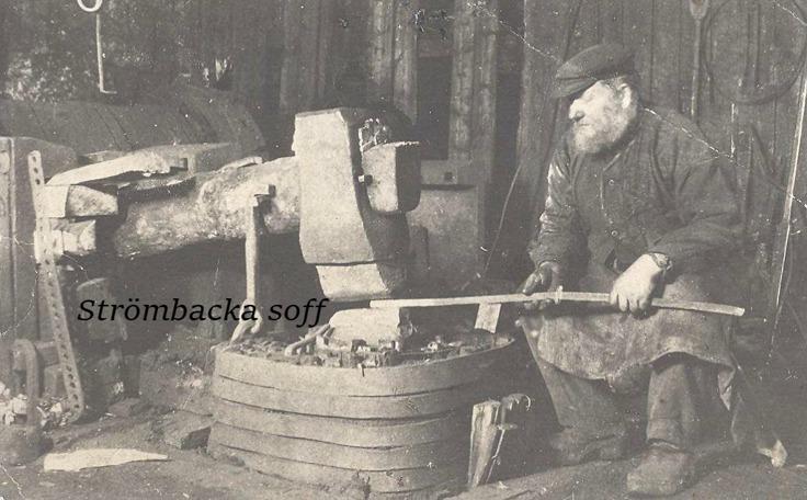 SPIKSMEDEN GUSTAF REINHOLD HAMMARSTEDT VID SPIKHAMMAREN 1925
