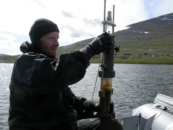 Sediment sampling in Sorrajärvi. Photo by Alexander Eiler