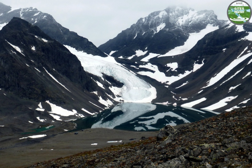 Lake Tarfalasjön. Photo: Pia Eriksson.