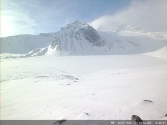 A snow-covered Lake Tarfala on 15 March 2021. Low-resolution images such as this is automatically transferred via MMS. High resolution images must be manually collected.