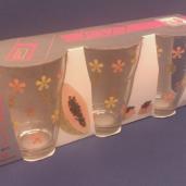 3st glas med blommönster