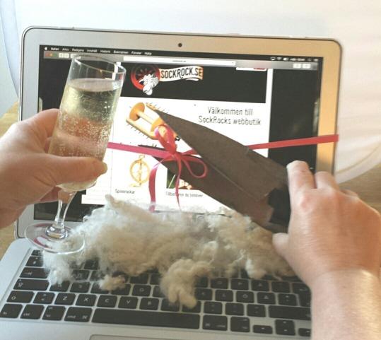Webbshoppen invigs med kalla bubblor, ull och fårsax