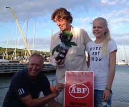 Johannes Brost tycker ABFs involvering via moderatorns hastiga inträde när Lovisa Lindberg avtackat, är utomordentligt lustigt!