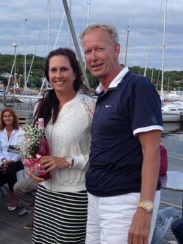 Sofia Arvidsson, svensk mästare 1998 i både pingis och tennis, valde det senare och avtackades av bryggvärd Anders W